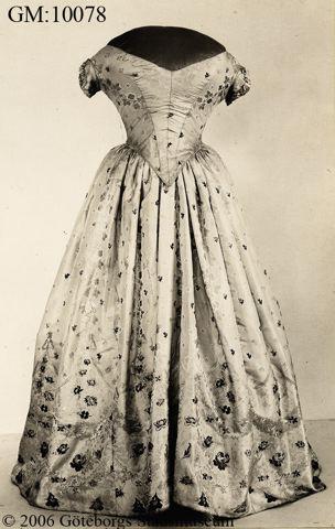 Kringla klänning, klänningar